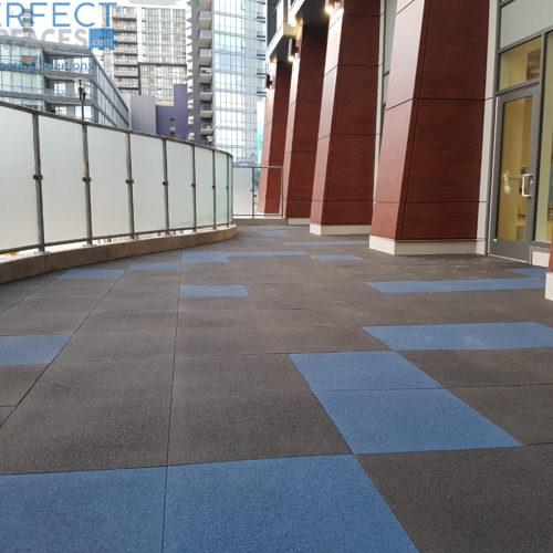 Patio rubber tile