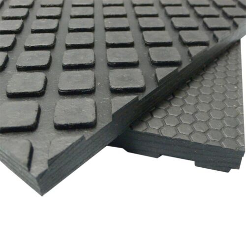 Black rubber equine and cow mat